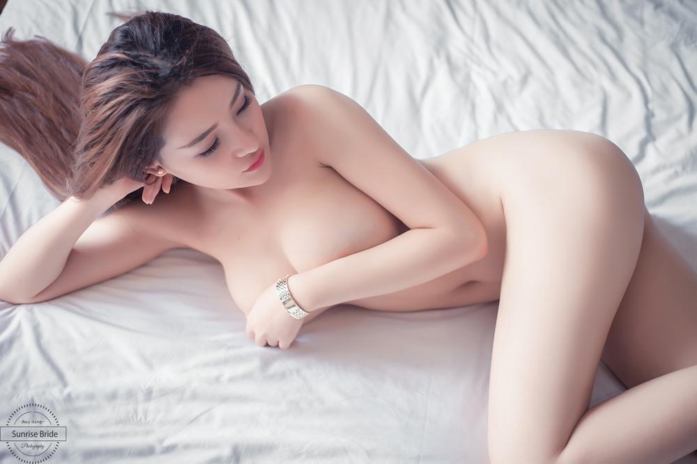 [NEW] Clip Ngân 98 sexy nude toàn thân không che 100%